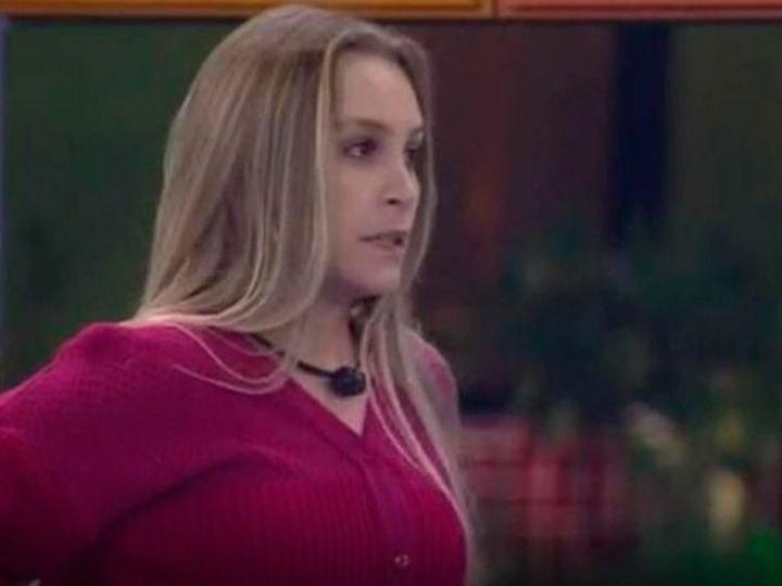 Bigfone: Carla Diaz atende e coloca três pessoas no paredão