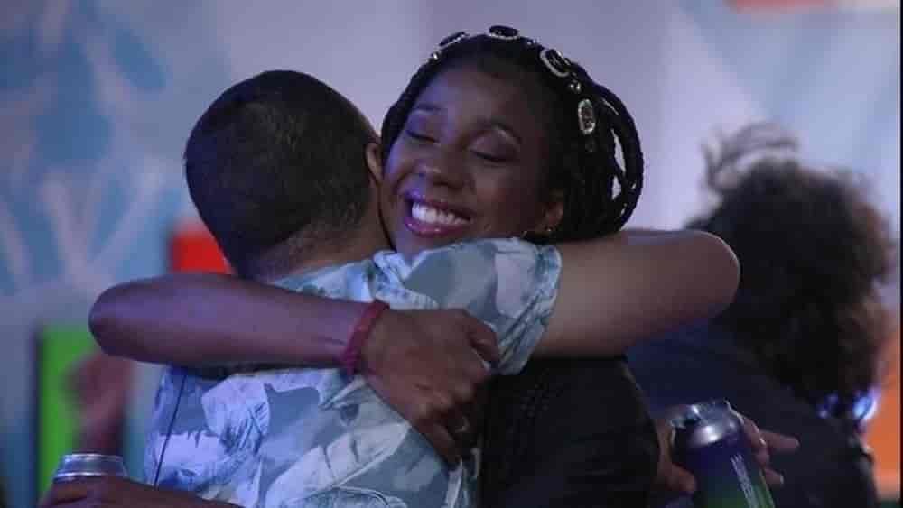 Gilberto se emociona com Camilla de Lucas na Festa do Líder João Luiz