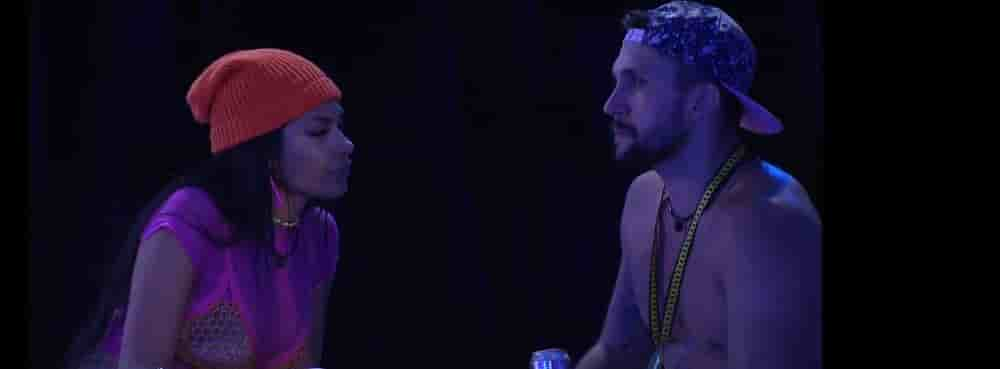 Arthur e Pocah conversam