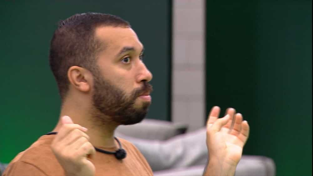 Gilberto diz para Caio: 'O que deu a entender é que você era uma traíra' — Foto: Globo