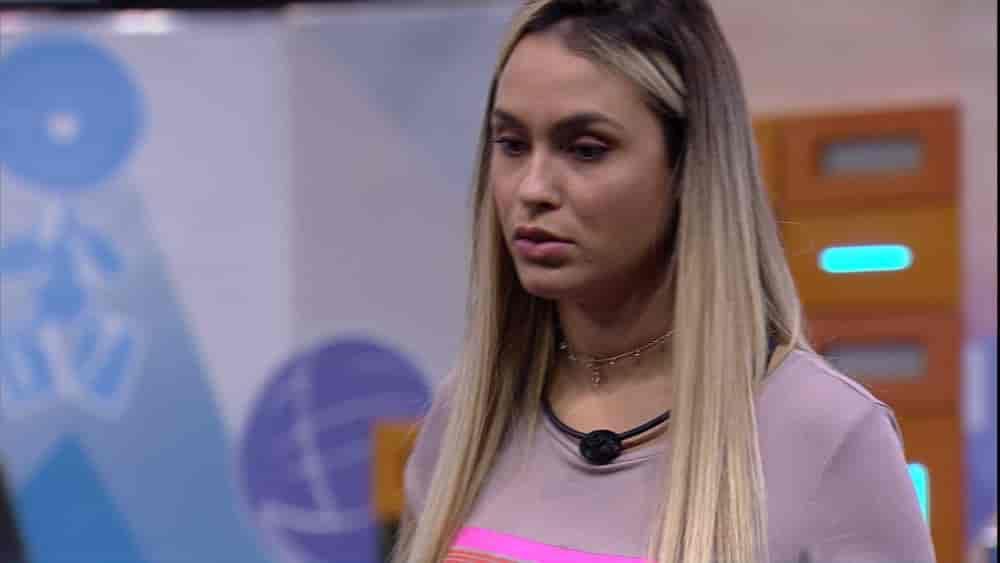 Sarah especula sobre Castigo do Monstro no BBB21: 'Vou ser eu e a Carla'