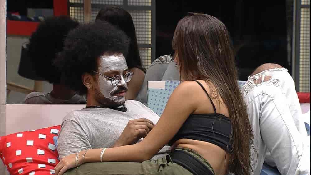 João revela que está se distanciando de Gilberto no BBB21: 'Ele se perdeu'