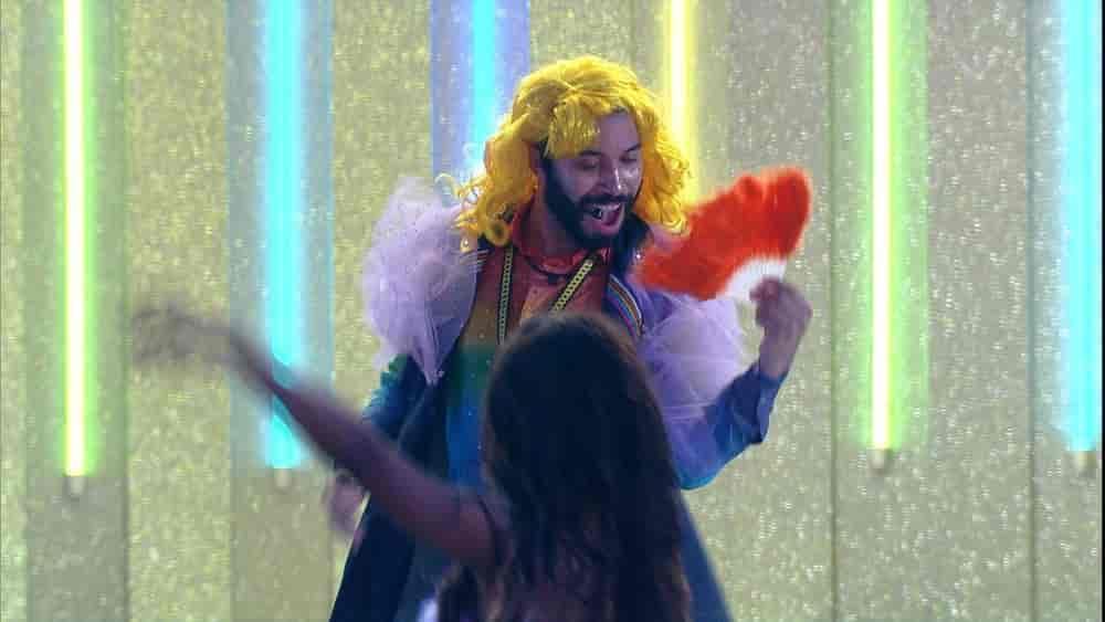 O que aconteceu durante a Festa Arco íris do Líder Gilberto?