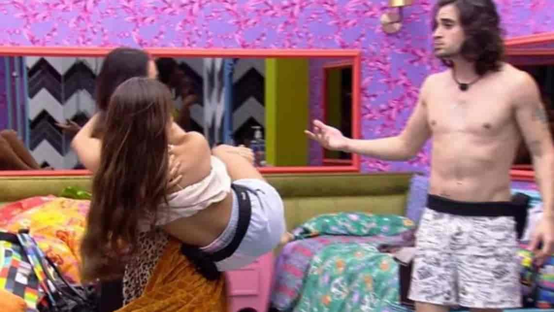 """Juliette incomoda brothers no Quarto Colorido e brother dispara: """"Sem noção"""""""